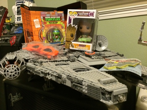Lootcrate is awesome, and would be even more awesome if they sponsored us