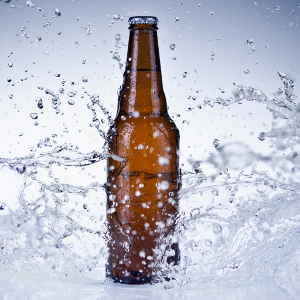 water-splashing-beer-bottle-300